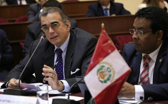ministro oleachea 2017