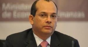 Ministro de Economía desmiente influencia en decisión sobre pesca