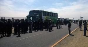 PNP impide marcha de colectivo hacia el Triángulo Terrestre