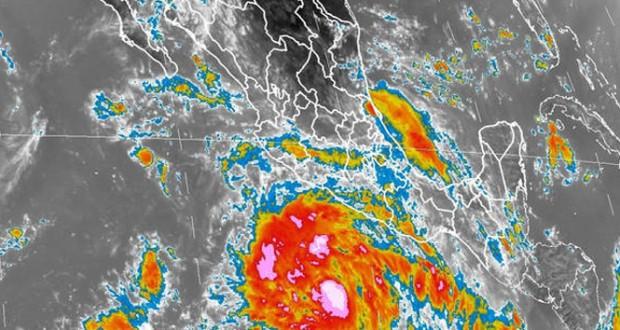 MÉXICO: 10.000 damnificados y tres pescadores desaparecidos deja huracán Marie