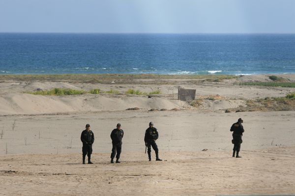 TACNA – Chilenos patrullan mar frente al triángulo terrestre