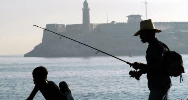 """Persiste crisis pesquera: Cubanos seguirán comiendo """"pollo por Pescado"""""""