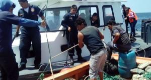PIURA – Intervienen embarcación con arte de pesca prohibido cerca del litoral