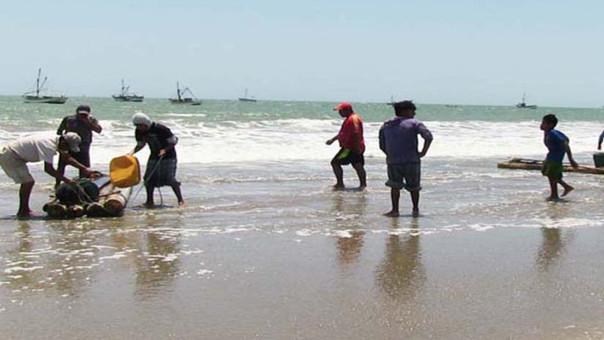PIURA – Pescadores de Anchoveta reclaman se fije el precio del producto