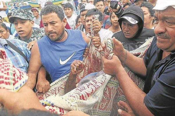 """""""Piratas"""" ecuatorianos matan a patrón de nave y hieren a tripulante"""