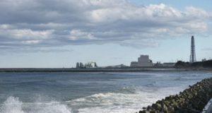 Comienzan a limpiar las aguas cercanas a Fukushima para retomar la pesca