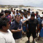 Ministro Giuffra exhorta a los pescadores de Tumbes a formalizarse